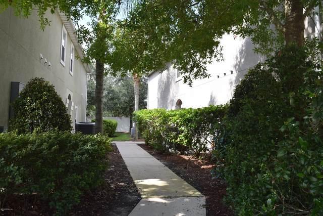 8200 White Falls Blvd #104, Jacksonville, FL 32256 (MLS #1078431) :: Homes By Sam & Tanya