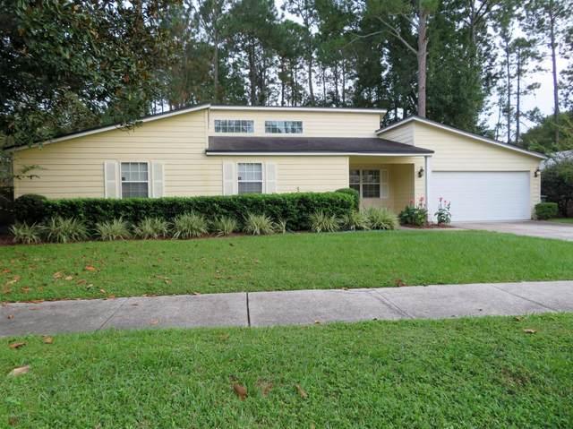 3386 Chrysler Dr, Jacksonville, FL 32257 (MLS #1078462) :: Homes By Sam & Tanya