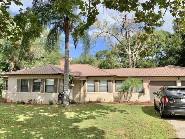 2216 Diana Dr, Palatka, FL 32177 (MLS #1078683) :: Homes By Sam & Tanya