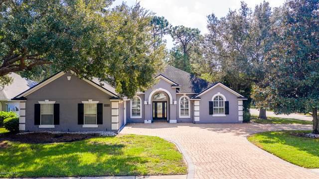 11028 Turnbridge Dr, Jacksonville, FL 32256 (MLS #1078717) :: Bridge City Real Estate Co.