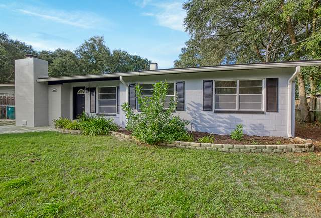 10445 Ebbitt Rd, Jacksonville, FL 32246 (MLS #1078981) :: The Volen Group, Keller Williams Luxury International