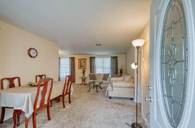 5008 Spring Glen Rd, Jacksonville, FL 32207 (MLS #1079763) :: EXIT Real Estate Gallery