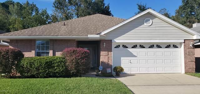 6347 Ironside Dr N, Jacksonville, FL 32244 (MLS #1079773) :: The Hanley Home Team