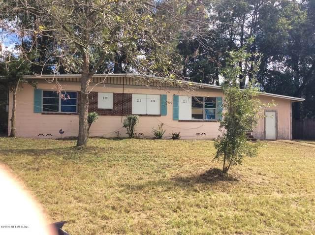 1227 Skye Dr E, Jacksonville, FL 32221 (MLS #1079812) :: The Hanley Home Team