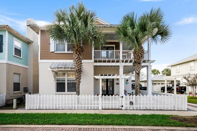 2736 Abaco Ln, Jacksonville Beach, FL 32250 (MLS #1079875) :: The Volen Group, Keller Williams Luxury International
