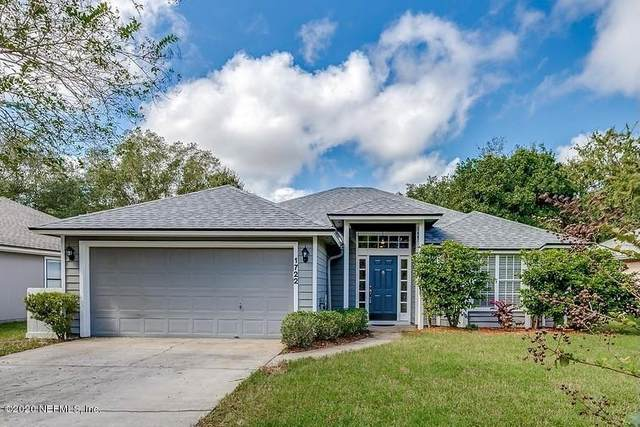 1722 Chandelier Cir E, Jacksonville, FL 32225 (MLS #1080000) :: Homes By Sam & Tanya