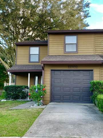 11382 Tanager Dr S, Jacksonville, FL 32225 (MLS #1080035) :: The Volen Group, Keller Williams Luxury International