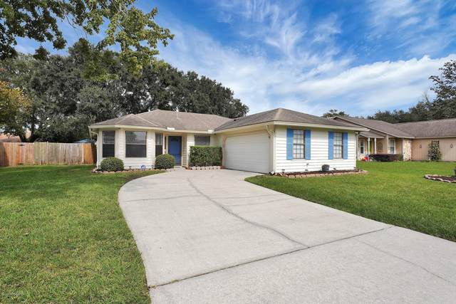 8323 Rockridge Dr, Jacksonville, FL 32244 (MLS #1080040) :: The Volen Group, Keller Williams Luxury International