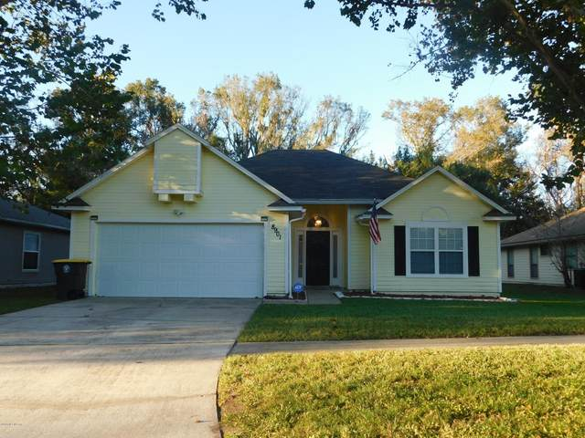 8901 Rockpond Meadows Dr, Jacksonville, FL 32221 (MLS #1080727) :: The Hanley Home Team