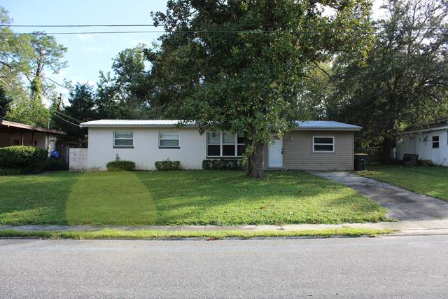 7952 Limoges Dr, Jacksonville, FL 32210 (MLS #1080921) :: The Impact Group with Momentum Realty