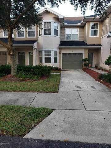 3750 Silver Bluff Blvd #1906, Orange Park, FL 32065 (MLS #1081016) :: The Volen Group, Keller Williams Luxury International