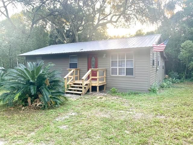 111 Magnolia Ct, Melrose, FL 32666 (MLS #1081069) :: The Perfect Place Team