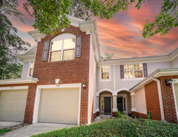 3241 Climbing Ivy Trl, Jacksonville, FL 32216 (MLS #1081375) :: The Impact Group with Momentum Realty