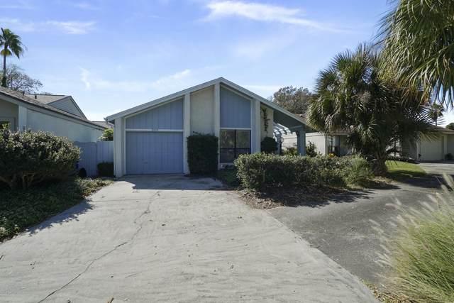 2526 Dauphine Ct W, Ponte Vedra Beach, FL 32082 (MLS #1081569) :: Homes By Sam & Tanya