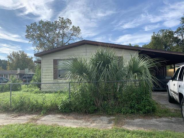7608 Club Duclay Dr, Jacksonville, FL 32244 (MLS #1082009) :: Homes By Sam & Tanya