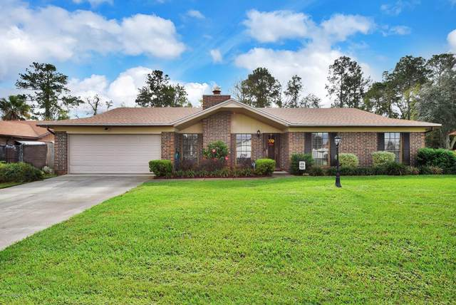 8206 Blazing Star Rd, Jacksonville, FL 32210 (MLS #1082388) :: The DJ & Lindsey Team