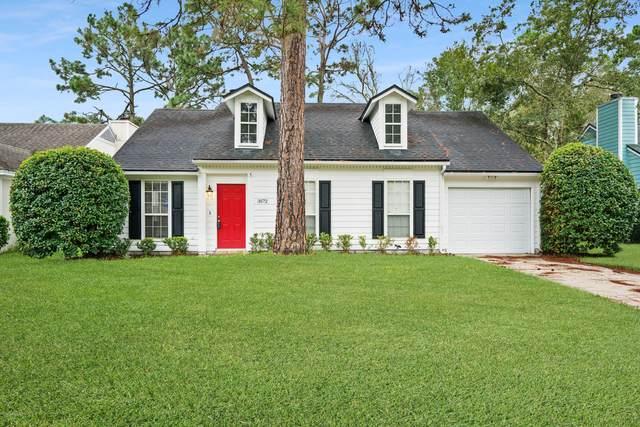 3572 Jamestown Ln, Jacksonville, FL 32223 (MLS #1082745) :: The Volen Group, Keller Williams Luxury International