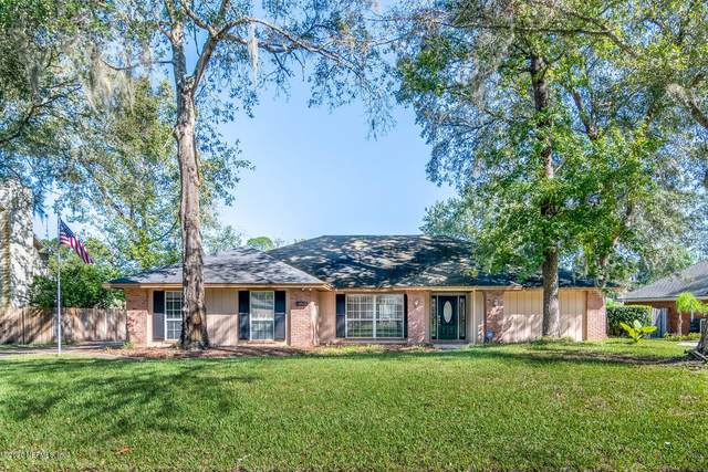 13825 Carters Grove Ln, Jacksonville, FL 32223 (MLS #1082816) :: The Impact Group with Momentum Realty
