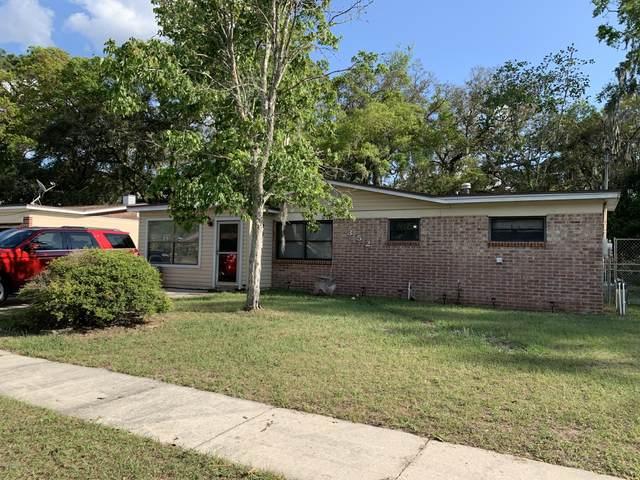 352 Aries Dr, Orange Park, FL 32073 (MLS #1082898) :: EXIT Real Estate Gallery