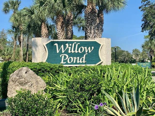 128 Willow Pond Ln, Ponte Vedra Beach, FL 32082 (MLS #1082957) :: The Every Corner Team