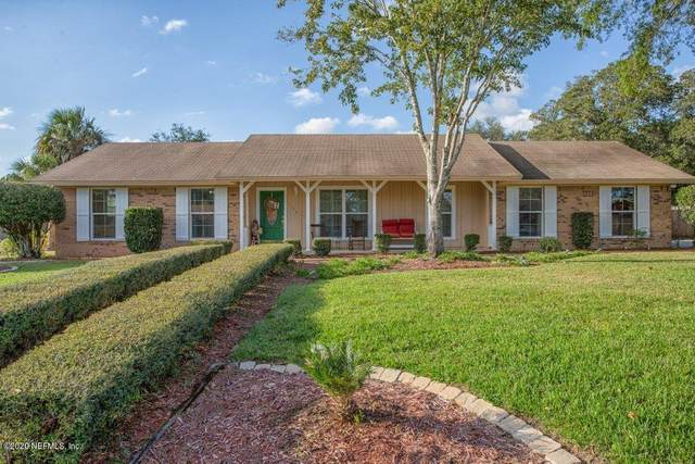 328 Devonshire Ln, Orange Park, FL 32073 (MLS #1083267) :: The Impact Group with Momentum Realty