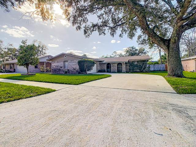 4032 Coquina Dr, Jacksonville, FL 32250 (MLS #1083586) :: The Volen Group, Keller Williams Luxury International