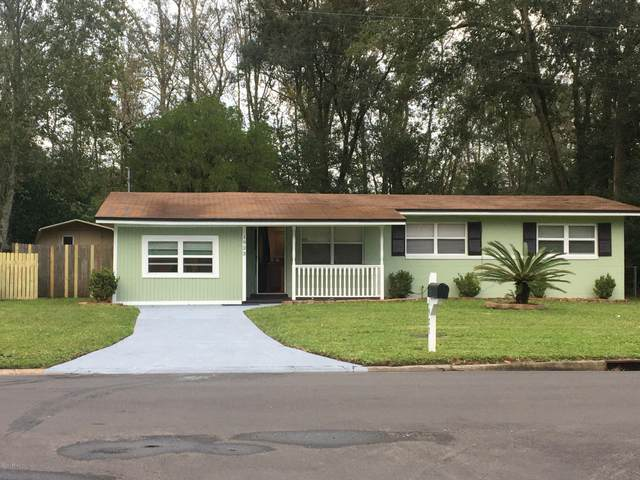 1923 Rayben Dr, Jacksonville, FL 32246 (MLS #1083707) :: The DJ & Lindsey Team