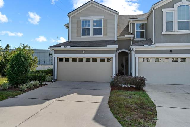 826 Grover Ln, Orange Park, FL 32065 (MLS #1084282) :: The Newcomer Group
