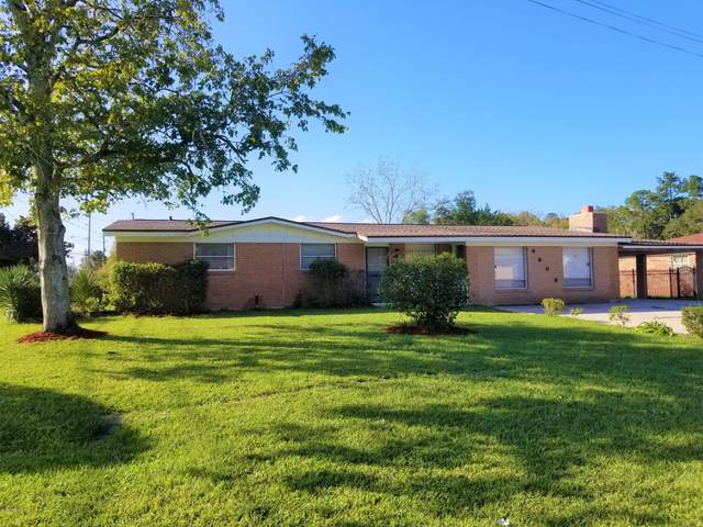 9806 Priory Ave, Jacksonville, FL 32208 (MLS #1084418) :: The Newcomer Group