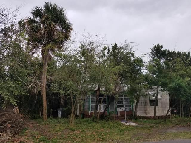 907 2ND St, Neptune Beach, FL 32266 (MLS #1084487) :: CrossView Realty