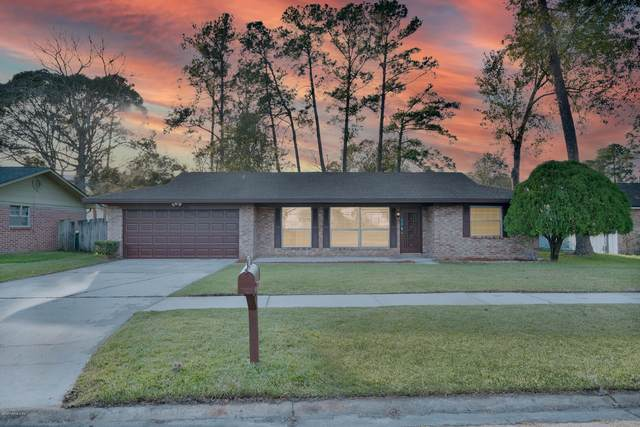 8820 Osprey Ln, Jacksonville, FL 32217 (MLS #1084556) :: The Every Corner Team