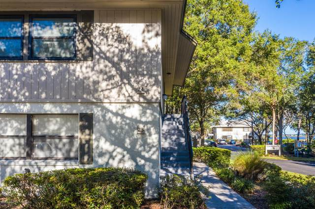 24 Cristina Ct, St Augustine, FL 32086 (MLS #1084601) :: The Hanley Home Team