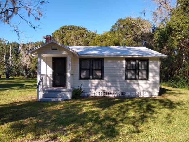 713 Thomas St, Starke, FL 32091 (MLS #1084753) :: Homes By Sam & Tanya