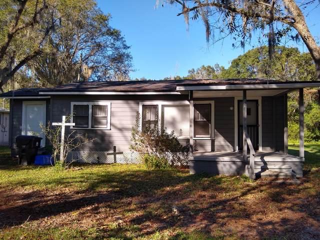 711 Thomas St, Starke, FL 32091 (MLS #1084754) :: Homes By Sam & Tanya
