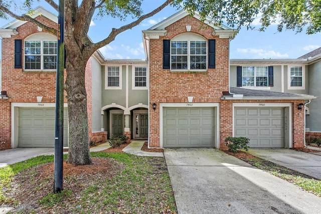 7462 Red Crane Ln, Jacksonville, FL 32256 (MLS #1085476) :: The Every Corner Team
