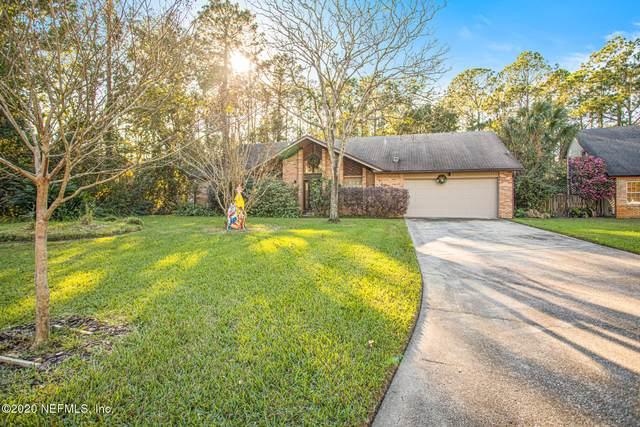 10380 Chatwood Ct, Jacksonville, FL 32257 (MLS #1085976) :: The Volen Group, Keller Williams Luxury International