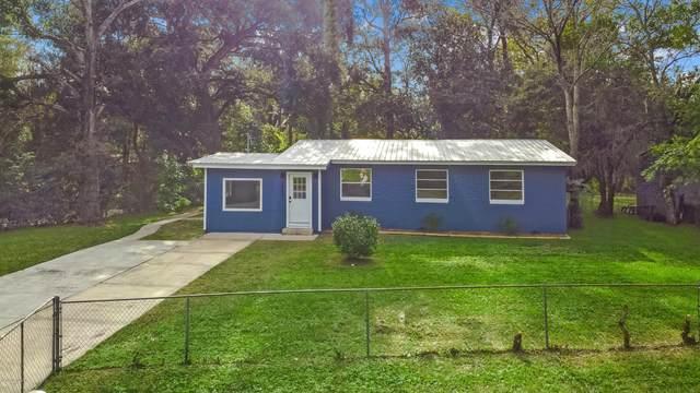 7806 Delaroche Dr, Jacksonville, FL 32210 (MLS #1086864) :: The Coastal Home Group