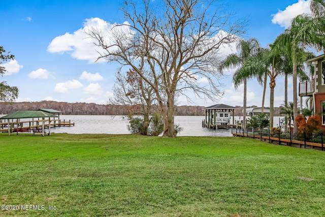 158 Beechers Point Dr, Welaka, FL 32193 (MLS #1086967) :: The Coastal Home Group