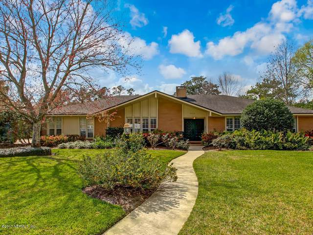5015 Long Bow Rd, Jacksonville, FL 32210 (MLS #1087169) :: The Newcomer Group