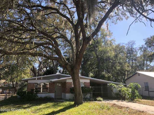 2605 Silver Lake Dr, Palatka, FL 32177 (MLS #1088223) :: Century 21 St Augustine Properties