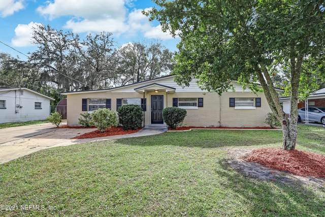 386 Woodside Dr, Orange Park, FL 32073 (MLS #1088879) :: The Coastal Home Group