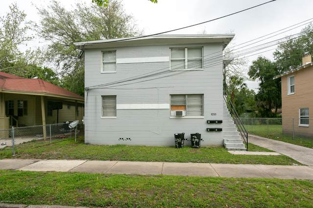 1251 W 25TH St, Jacksonville, FL 32209 (MLS #1088909) :: The Newcomer Group