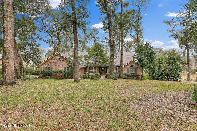 2541 Crooked Creek Point, Middleburg, FL 32068 (MLS #1089231) :: The Newcomer Group