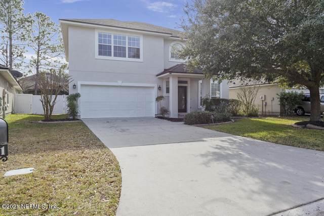 3741 Old Hickory Ln, Orange Park, FL 32065 (MLS #1089650) :: The Hanley Home Team