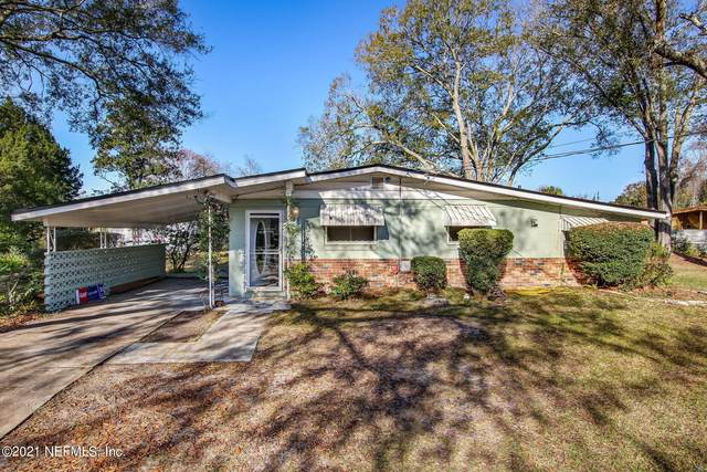 6563 Lucente Dr, Jacksonville, FL 32210 (MLS #1090449) :: The Newcomer Group