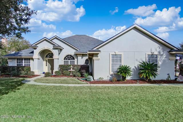 3200 Chestnut Ct, Jacksonville, FL 32259 (MLS #1090489) :: The Newcomer Group