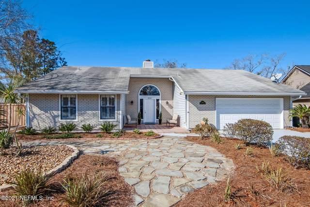 8342 Cross Timbers Dr E, Jacksonville, FL 32244 (MLS #1091307) :: The Hanley Home Team