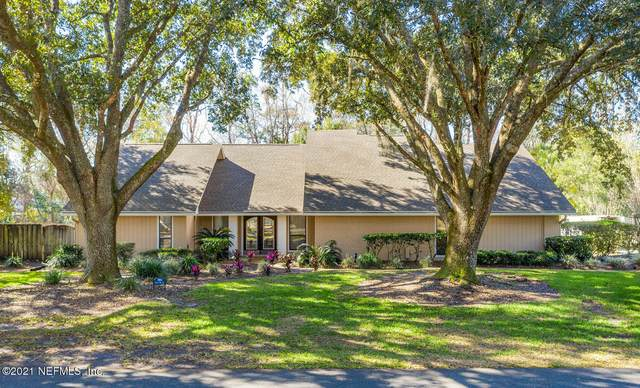 7884 Little Fox Ln, Jacksonville, FL 32256 (MLS #1091372) :: The Perfect Place Team