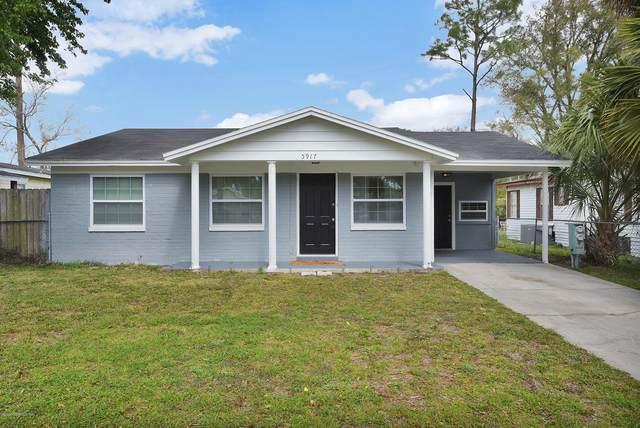 5917 Longchamp Dr, Jacksonville, FL 32244 (MLS #1091676) :: The Every Corner Team