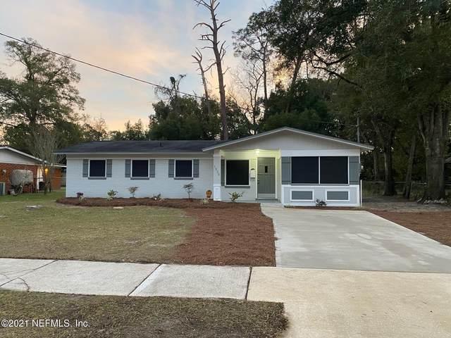 1820 Leonid Rd, Jacksonville, FL 32218 (MLS #1091726) :: The Hanley Home Team